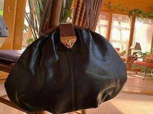 Capezio Black Round Faux Leather Shoulder Bag Kiss Lock