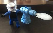 2008 Batman LEGO McDonalds Happy Meal Toy Mr Freeze #4 Blast McD Ice Missile HF