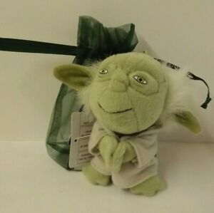 Star Wars - Yoda plush bag charm - new with tags - in green gift bag