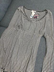 Juniors Long Sleeve Shirt Size X-Large, Grane, Black &white Stripped,