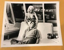 JOI LANSING , DEAN MARTIN VINTAGE 8 X 10 PHOTOGRAPH FROM IRVING KLAWS ARCHIVES