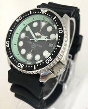 Seiko Diver Watch 7002 Quartz - Black dial - mint green hands - 1148