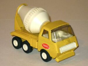 Vintage 1976 Tiny Tonka CEMENT MIXER #575! Yellow & White Pressed Steel Truck!