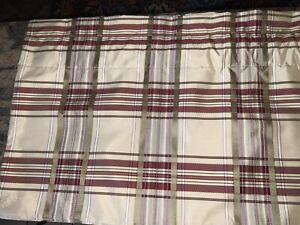 "COUNTRY CURTAINS VALANCE,PLAID,IVORY,GREEN,PLUM&BURGUNDY 51""W"