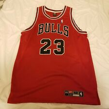 Nike Michael Jordan #23 Road Red Chicago Bulls Authenitc Jersey Size XXL 52