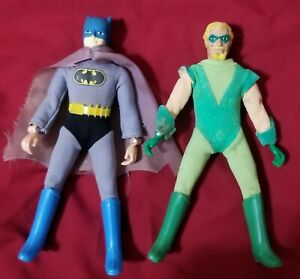 MEGO LOT. TYPE 1 GREEN ARROW, TYPE 1 BATMAN. 2 FIGURES. ORIGINAL. VINTAGE 1970'S