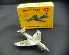 Dinky Toys GB n° 736 avion Hawker Hunter Fighter jamais joué en boite