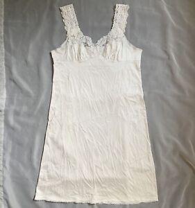 Vassarette Nylon White Full Slip With Lace Trim Size 36