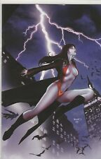 Vampirella #12 DF Exclusive Cover w/ COA Limited to 550 copies - by Paul Renaud