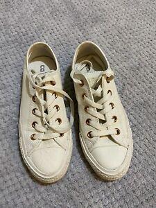 Ladies Converse Size 4 Cream leather/Rose Gold Trim
