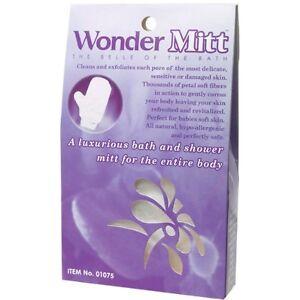 Exfoliating Pore Cleansing Glove / Skin Cell Renewal / Massage - Wonder Mitt