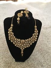Gorgeous Necklace Ear Ring Set