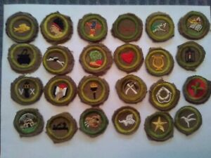 24 1936 to 1942 BOY SCOUT MERIT BADGES IN EXCELLENT CONDITION