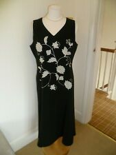 eb6dc276667 New listingLADIES BEAUTIFUL JACQUES VERT SIZE 14 BLACK AND IVORY FIT    FLARE DRESS