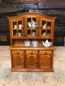 Reutter Porcelain Germany dollhouse miniature china cabinet w/porcelain MIB