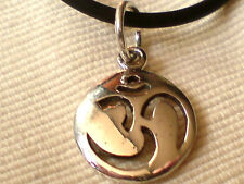 """STERLING SILVER 15mm ROUND OM PENDANT on a 18""""/46cm BLACK RUBBER THONG £9.50 nwt"""
