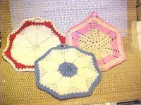LOT OF 3 VINTAGE HAND MADE,  CROCHED HEAVY HOT PADS, POT HOLDERS NEVER USED