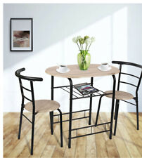 Table with 2 chairs
