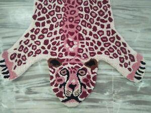 Pink Baby Leopard Bedroom Wall Hanging Rug Animal Theme Luxury Carpet 2x3 Feet