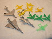 lot avions à réaction dont BONUX en plastique - des années 70 en l'état