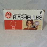 Vintage GE Twelve Guaranteed 5 Flashbulbs For Camera  total of 12 bulbs