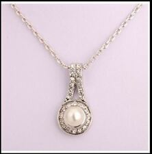 18K gold plated Pearl Necklace made With Swarovski Element Crystal