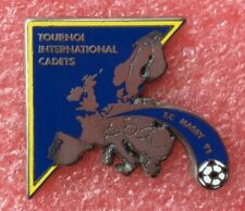 Pins FOOTBALL SOCCER TOURNOI INTERNATIONAL CADETS MASSY Vintage Badge Lapel Pin