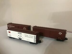 3 S Helper Service freight cars
