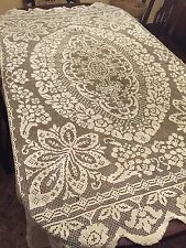 """Beautiful Vintage Handmade Hand Made Filet Lace Scalloped Tablecloth 77.5"""""""