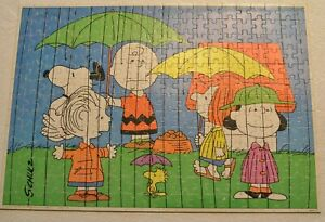 Vintage Peanuts Jigsaw Puzzle~Schulz~250~Milton Bradley~Rainy Day~Charlie Brown