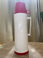 VINTAGE THERMOS HOT / COLD GLASS INSULATED VACUUM SEAL MODEL #2402