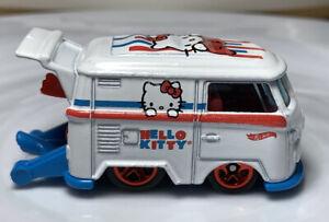 Hot Wheels Screen Time Volkswagen Kool Kombi Vw Van 1/64 Diecast Hello Kitty Bus