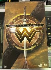 Hot Toys WONDER WOMAN  - sixth scale NEW MMS424