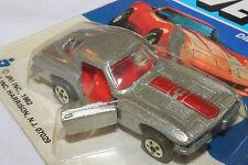 Yatming, Vette Series, 1963 Split Window Chevrolet Corvette, Silver & Red