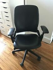 SteelCase Leap Office Real Comfortable Black Leather Chair