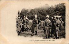 CPA   L'École Spéciale Militaire de Saint-Cyr -On touche la Cantiniers  (352911)