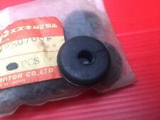 Suzuki TS100 TS125 TS185 TS250 TS400 Rear Fender Tail Lamp Grommet 09308-07002