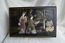 Antico Cinese PORTAGIOIE laccato nero con inserto in steatite