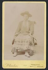 1895 NATIVE AMERICAN WOMAN in FULL COSTUME Vintage Cabinet Photo (Pendleton, OR)