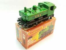 Véhicules miniatures verts Matchbox 1:64
