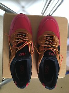 Asics Gel-Lyte V Gore Tex Red/Black UK 9