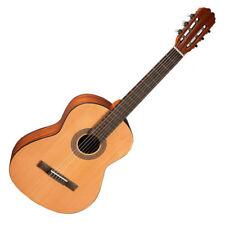 Guitarra clásica Admira Alba (RRP £ 125) pedido previo