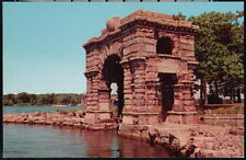 HEART ISLAND NY Boldt Castle's Arch of Honor Vintage Thousand Postcard Old PC