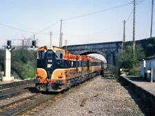 PHOTO  IRISH RAILWAY - CIE LOCO NO  135 KILDARE 04.04.1988