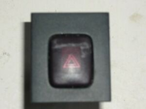 GENUINE VOLVO V70 MK3 XC70 S80 2008-2013 HAZARD LIGHT SWITCH BUTTON 30710106