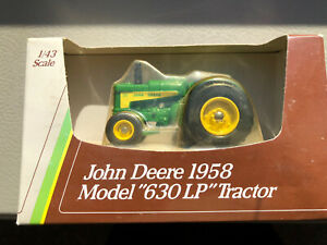 """John Deere 1958 MODEL """"630 LP"""" TRACTOR NEVER OUT OF THE BOX 1/43 SCALE"""