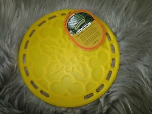 LE CREUSET DIJON YELLOW SILICONE FRENCH TRIVET-Retired Color!