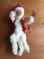 VINTAGE COLLECTIBLE  FOLK ART MADE OF PIPE CLEANERS MONKEY