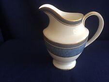 Royal Doulton St Pauls milk jug (very minor gilt wear on handle)