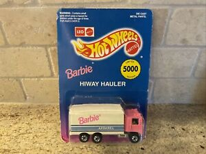 Hot Wheels Barbie Hiway Hauler NIP